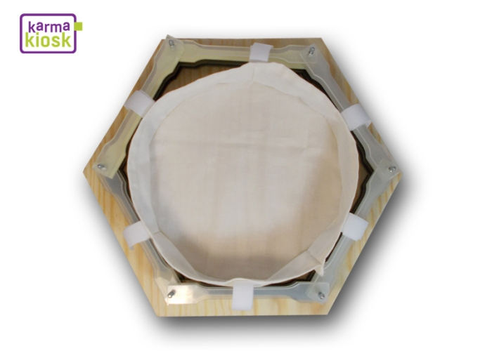 karmakiosk_testlabor-materialien-sammelbehälter2