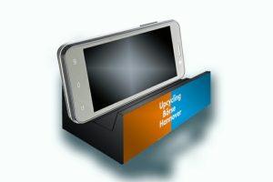 designstudie-verbundstoff-verbundverpackung-upcyclingboerse-hannover-smartphone-halterung