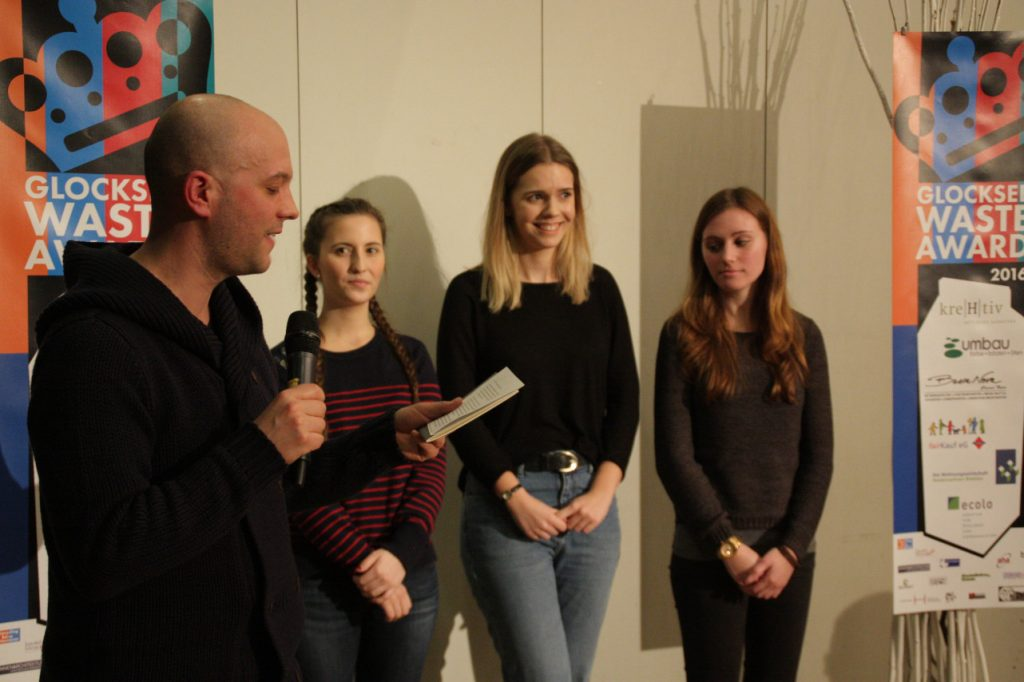 Team Picknickdecke 2.0, Laudator Dennis Improda - Vergabe des Glocksee Waste Award 2016