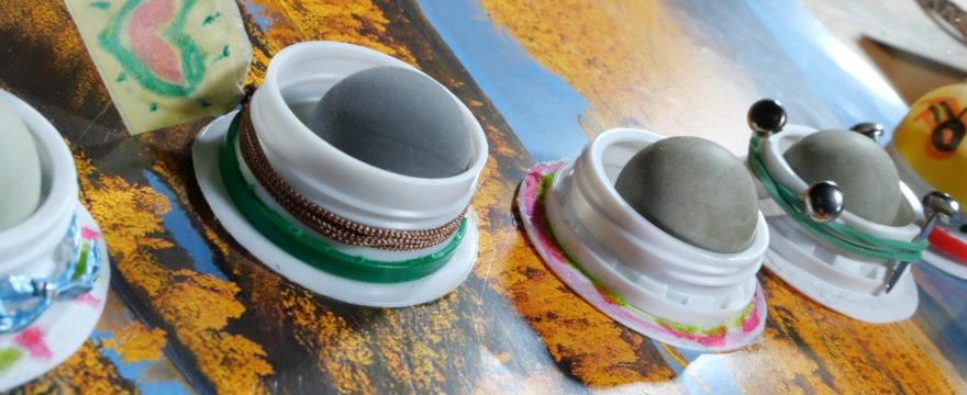Spannendes Pausenspiel: Tablecurling / Tisch Eisstockschießen
